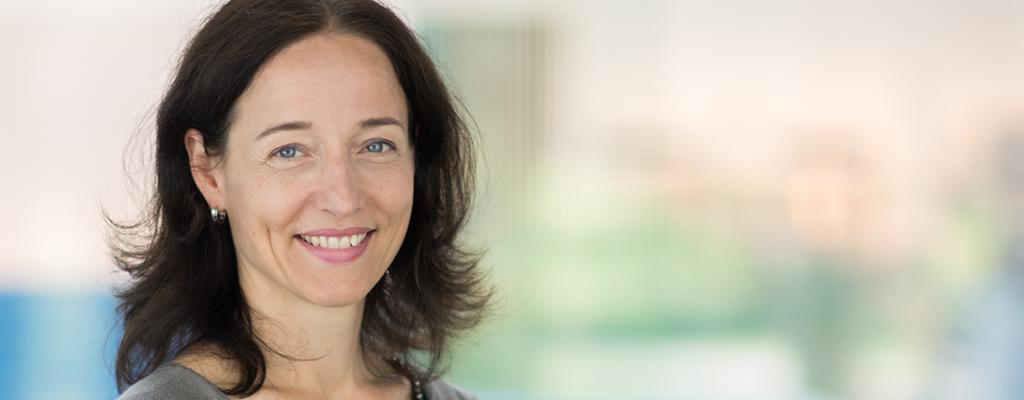 Dr. Freia Hardt